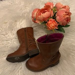 Little girl brown fashion boots